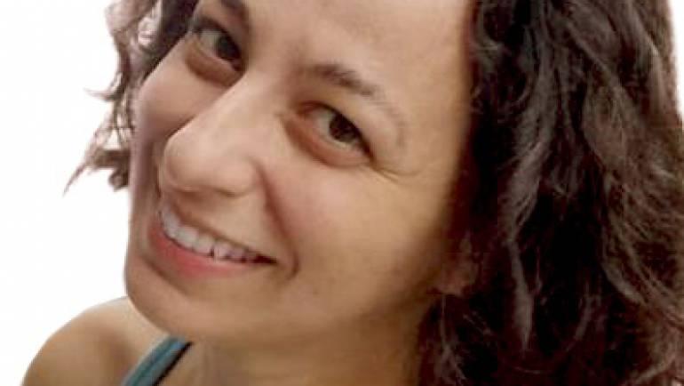 Carla V. Leite