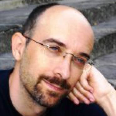 Angel  Crespo